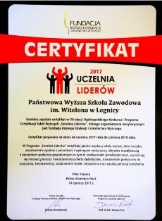 """PWSZ im. Witelona w Legnicy """"Uczelnią Liderów 2017"""" i z """"Wyróżnieniem Zarządu 2017"""""""