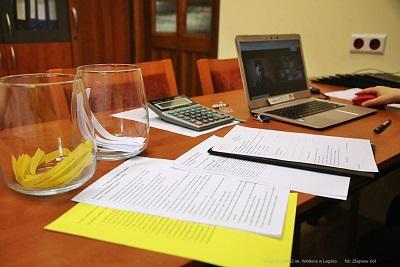 Egzaminy dyplomowe w okresie zagrożenia zakażeniem COVID-19