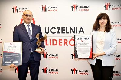 """PWSZ im. Witelona w Legnicy """"Uczelnią Liderów 2021"""""""