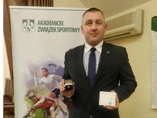 Jacek Kiełb odebrał srebną odznakę