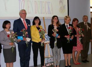 Władze PWSZ im. Witelona w Legnicy wyróżnione przez TPD