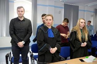 Studenci Bezpieczeństwa wewnętrznego zainscenizowali rozprawę karną